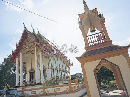 吉打甘榜南邦暹羅廟,常有外地佛教徒前來拜拜。