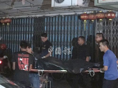 警方鑑證組在現場展開調查。
