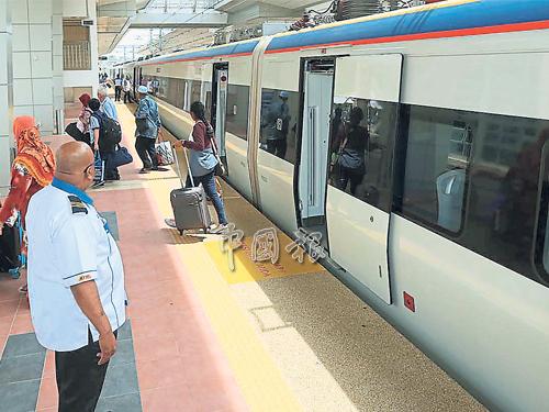 州政府擬進一步加強普羅士邦火車站的服務,開闢火車旅遊項目吸引更多遊客進入甲州。