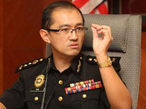 反貪會特別行動組副主任陳江使據說也被調職,目前特別行動組正副主任職位都懸空。
