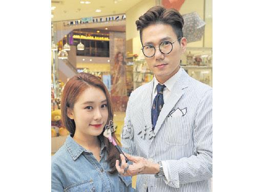 Banila Co首席彩妝總監金崗畢用了短短15分鐘時間,締造一張風靡全球的韓式彩妝。