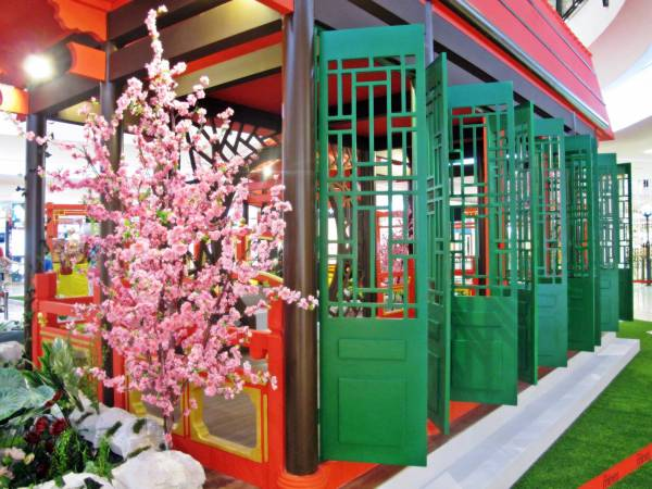 詩情畫意的中國古典建築,給您帶來了濃濃的古早新春年味。