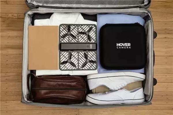「小黑俠」可輕易裝入行李箱。