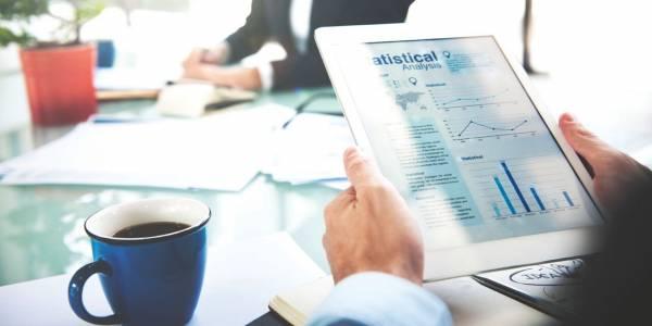你可以隨時隨地在電腦、手機或平板電腦上使用i3TeamWorks,來跟進企業或公司的管理。