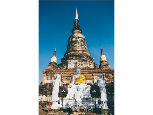 亞柴蒙考寺是泰王為從錫蘭學經回國的僧侶所建。