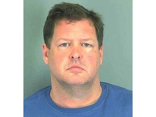 警方其後逮捕疑犯科爾黑。