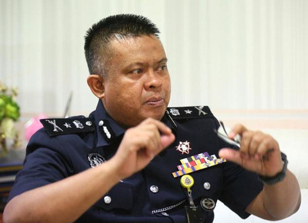 刑事罪案調查主任拿督卡馬魯高級助理總監。