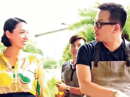 陳煒去年主持飲食節目《煒哥的味道》,前夫顏志行亦有現身,兩人在鏡頭前表現恩愛。