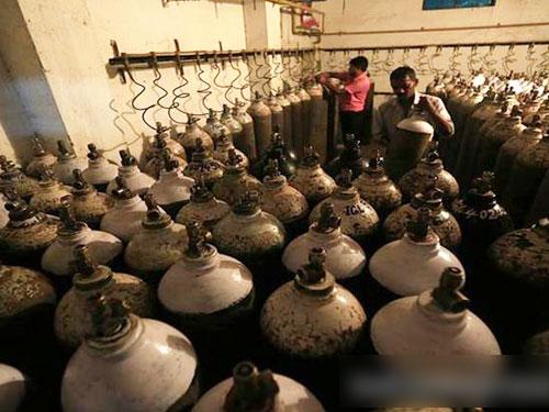 印度北方省最大公立醫院傳因欠款而供氧中斷。(互聯網)