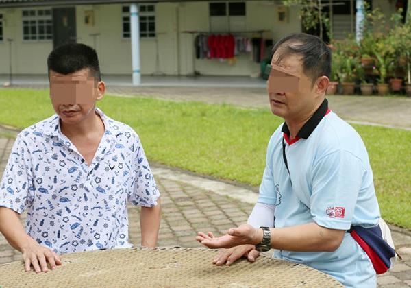 鄭樹嶸(左)及卓健德今早受訪,願意道歉及賠償,希望獲得原諒。