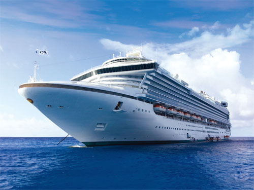 GD World Cruise將帶領遊客乘搭藍寶石公主號縱橫太平洋的海域,到台灣及日本遊玩。