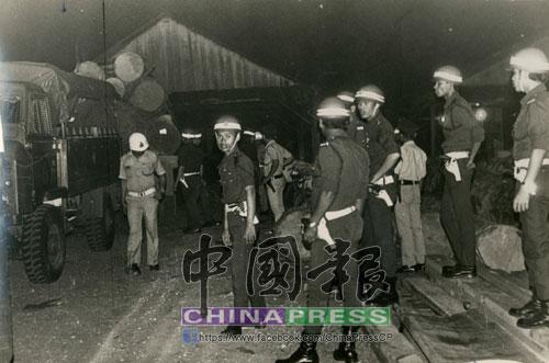 1976年2月16日,警方設計部下天羅地網,伏擊莫達清與4名同黨。