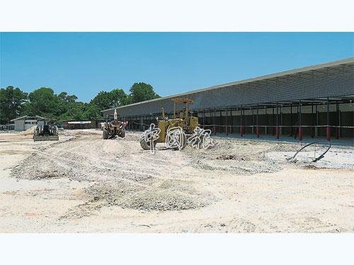 臨時巴剎工程仍未竣工。