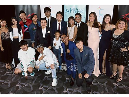 電影《By My Side》片中演員全由大馬網紅撐場,唯一的演員陳寶儀因有事在身無法出席首映禮。