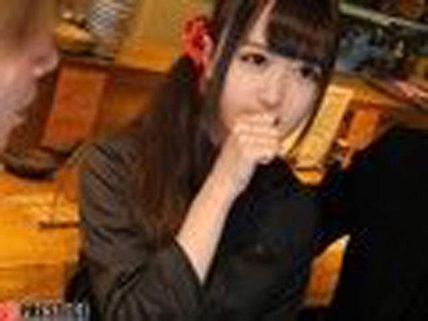 """日本一名男網友上傳""""女友""""照片,表示不知道她的藝名是什麼。"""