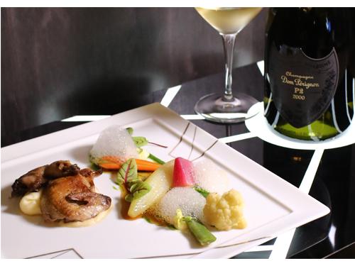 配搭Dom Perignon P2 2000的是主菜燉法國鵪鶉(Label Rouge),配菜有紅燒佛手瓜及羅望子秘製醬汁。
