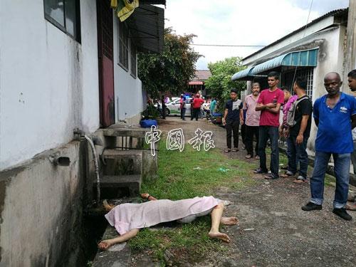 華裔青年疑遭人搶車砍至重傷,逃至住宅區後巷求助後不治。