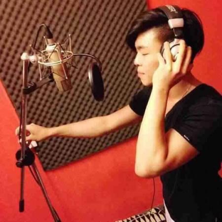 劉志偉生前愛唱歌,常在培德校友會活動上唱歌。