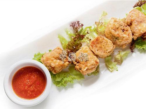 傳統中國炸菜卷,香脆可口,慢慢咀嚼還有蘿蔔絲和蔬菜口感,讓人停不了口。