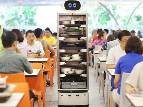 机器人获选 2017亚洲周刊风云人物,强化深度学习