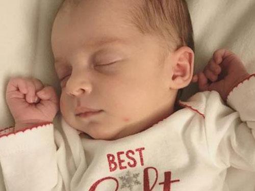 艾瑪上個月順利出生。圖∕美國有線新聞網絡(CNN)