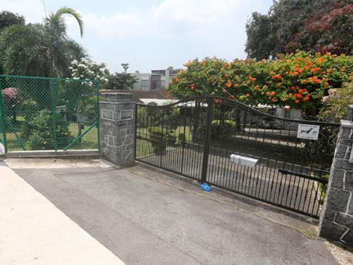 富婆鍾慶春位於日落通道的豪宅。