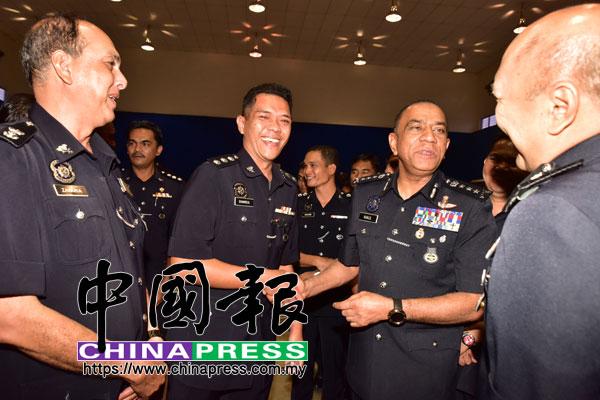 莫哈末卡利指出,柔州警官與警員涉案人數有上升趨勢,去年共有394名警員和警官涉案,佔全柔警力的11%。