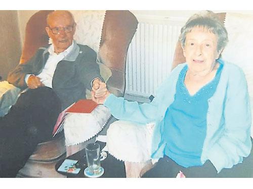 真愛至死不渝,亞瑟和多羅希這對老夫妻在90分鐘內相繼離世。