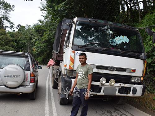 拖格羅厘司機蘇海米說,意外發生後,他沒受傷。