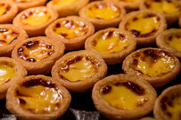 來到澳門,當然不能錯過正宗的經典小食─葡撻。