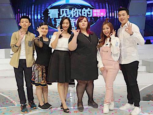 高權(右)去年參加大馬版《看見你的聲音》的表現出色,獲製作人推荐參加韓版第5季《看見你的聲音》。