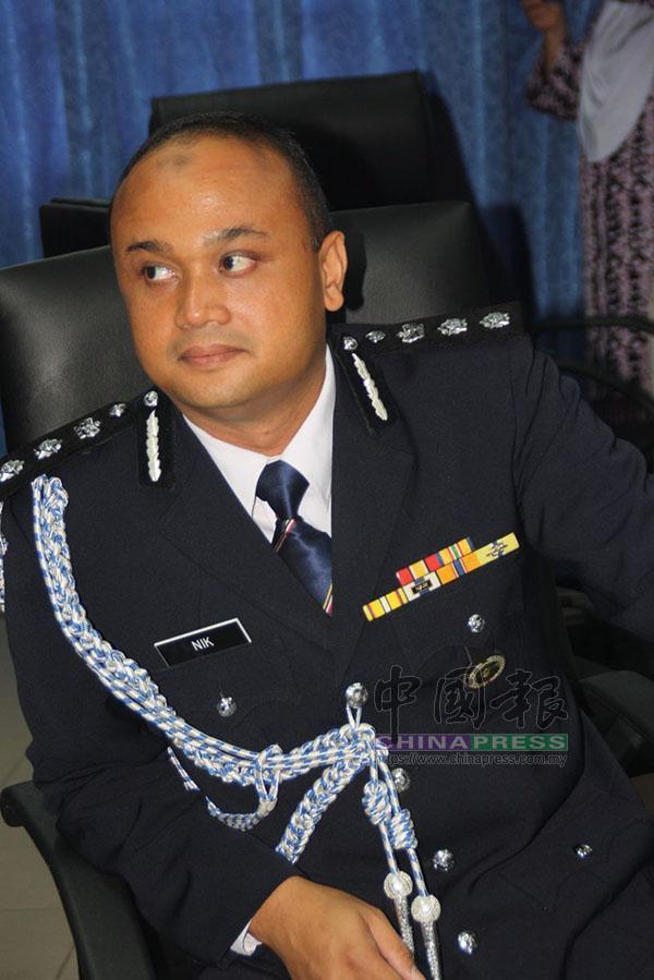 聶羅斯說,警方已扣留一男一女印裔兄妹。
