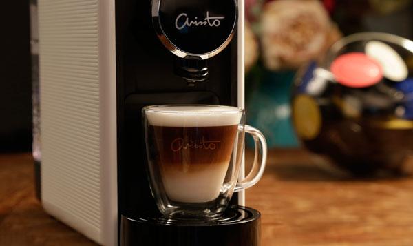如今,原價1580令吉的 ARISSTO 智能咖啡機,只需1令吉的月費。在短短的30秒內,即可沖泡出一杯香濃的10多款精品咖啡。