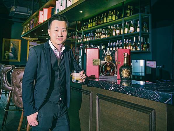 鄭偉生說,喝威士忌也是一種學問。