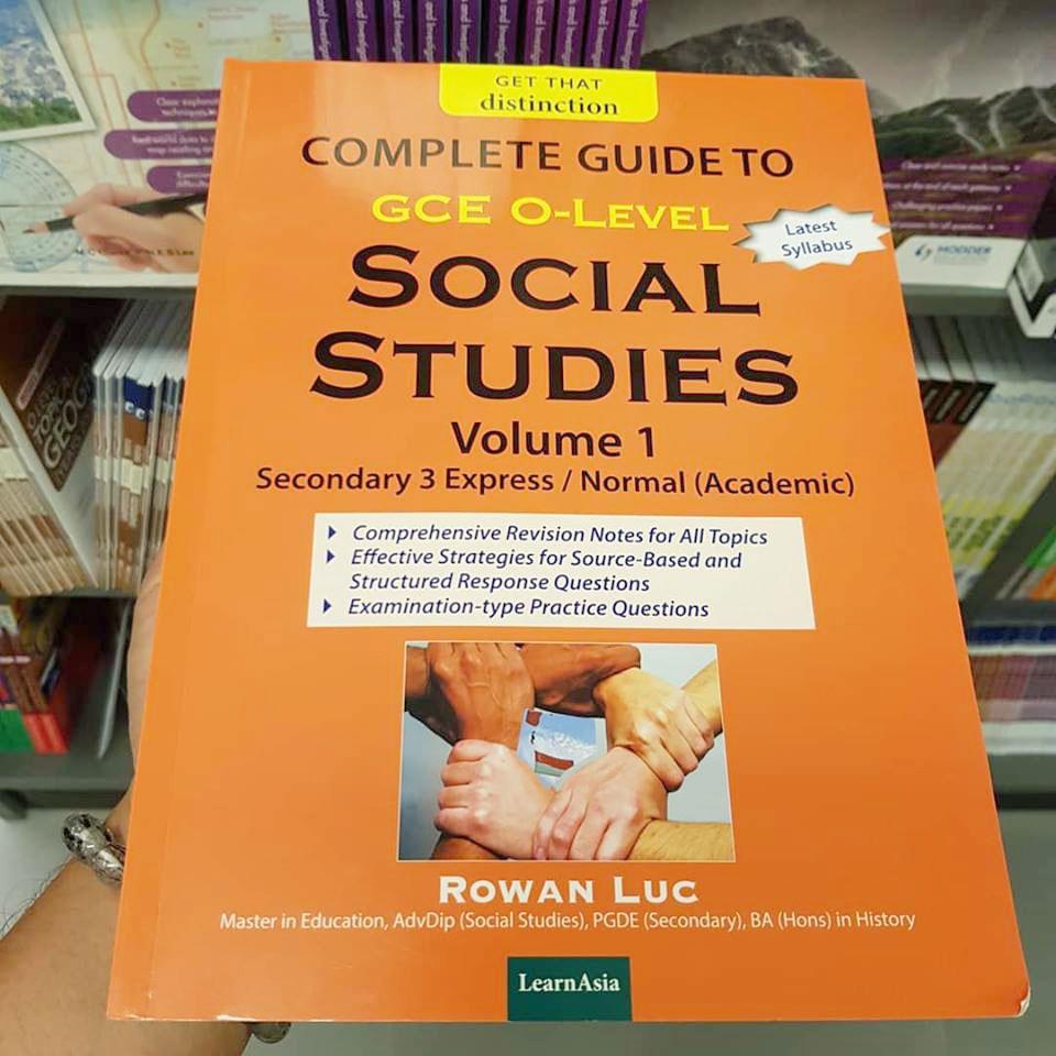 由出版社LearnAsia所出版的中三課外輔助本內容引發網上爭議。(取自面子書)