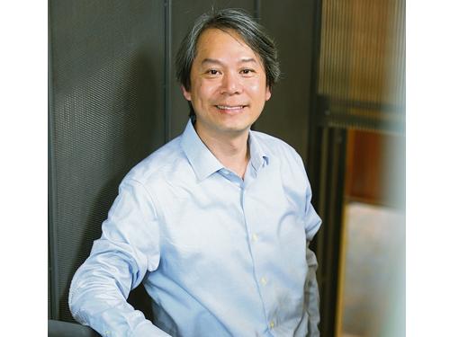 台灣文創教授夏學理受邀來見證故事館開幕,內心十分感動。