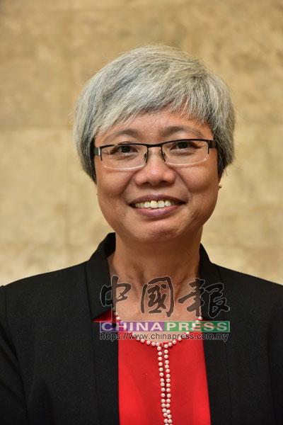 顏碧貞擔任柔州議會副議長。