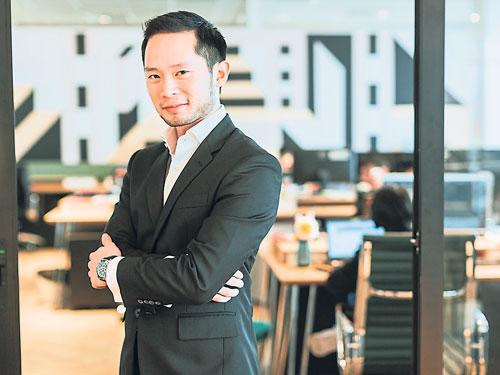 """""""糖書""""創辦人DARREN CHAN年僅30歲,秉持著帶著透明化及雙方達成共識的精神經營""""糖書""""。(照片由受訪者提供)"""
