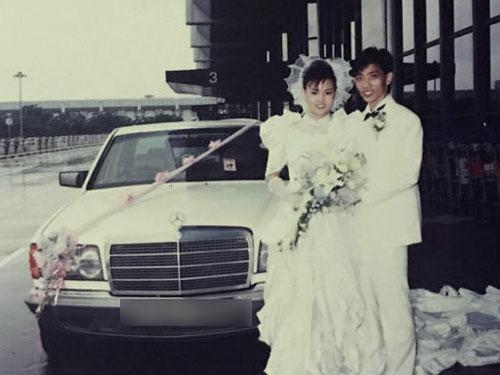 夫婦兩在18歲和23歲時第一次結為夫妻。(海峽時報星期刊)