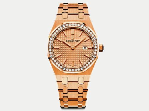 Audemars Piguet以漸增的寶石色彩濃度令皇家橡樹自動上鏈腕錶化為珍貴寶石。18K玫瑰金錶殼(37mm)。
