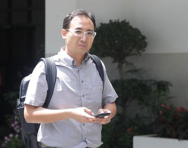 原告是新加坡駐上海領事館人員鄭光宇(譯音,39歲)。(海峽時報)