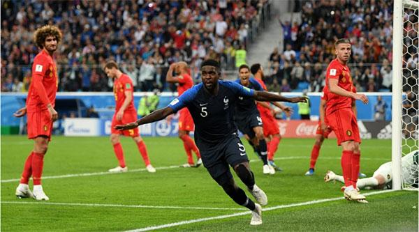 烏姆蒂蒂(5號)頭槌為法國攻入致胜球。(圖取自FIFA官網)