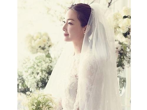 崔智友今年3月閃婚李姓App公司老闆。翻攝naver