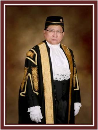 里察馬蘭尊出任聯邦法院首席大法官。