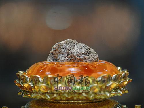 這是世界上唯一一枚佛頂真骨舍利,如今供奉在佛頂宮的地宮。
