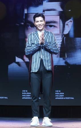 蕭敬騰擔任金曲獎主持人