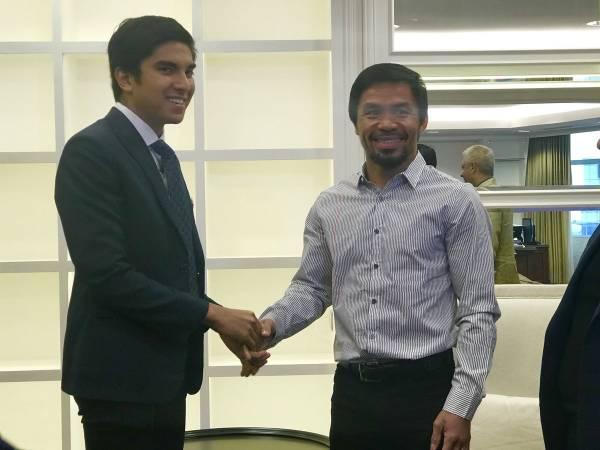帕奎奧特地到青年及體育部,會見青體部長賽沙迪。