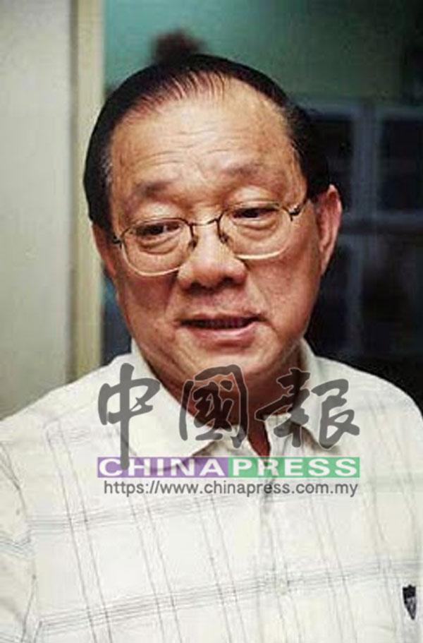 時任馬華總會長陳群川因唆使失信新泛電,而被新加坡高庭判入獄兩年。