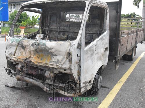 涉及意外的羅厘前部,被大火燒燬。