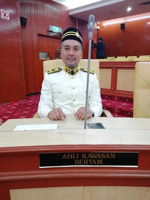 來自土團黨的卡立梅達中選為柏淡區州議員。